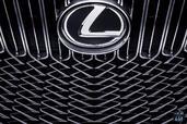 Lexus LF C2 Concept  photo 25 http://www.voiturepourlui.com/images/Lexus/LF-C2-Concept/Exterieur/Lexus_LF_C2_Concept_026_calandre.jpg