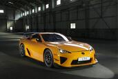 Lexus LFA Nurburgring Package  photo 2 http://www.voiturepourlui.com/images/Lexus/LFA-Nurburgring-Package/Exterieur/Lexus_LFA_Nurburgring_Package_002.jpg