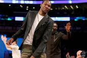 Lifestyle Joueur NBA 2014  photo 4 http://www.voiturepourlui.com/images/Lifestyle/Joueur-NBA-2014/Exterieur/Lifestyle_Joueur_NBA_2014_004_Kevin_Durant.jpg