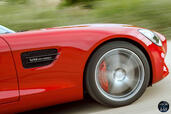 Mercedes AMG GT 2015 Rouge  photo 13 http://www.voiturepourlui.com/images/Mercedes/AMG-GT-2015-Rouge/Exterieur/Mercedes_AMG_GT_2015_Rouge_014_Moteur.jpg