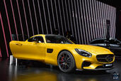 Mercedes AMG GT Mondial Auto 2014  photo 8 http://www.voiturepourlui.com/images/Mercedes/AMG-GT-Mondial-Auto-2014/Exterieur/Mercedes_AMG_GT_Mondial_Auto_2014_008_jaune.jpg