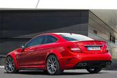 Mercedes C63 AMG Coupe Black Series  photo 6 http://www.voiturepourlui.com/images/Mercedes/C63-AMG-Coupe-Black-Series/Exterieur/Mercedes_C63_AMG_Coupe_Black_Series_006.jpg