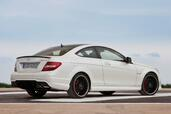 Mercedes C63 AMG Coupe  photo 4 http://www.voiturepourlui.com/images/Mercedes/C63-AMG-Coupe/Exterieur/Mercedes_C63_AMG_Coupe_004.jpg