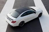 Mercedes C63 AMG Coupe  photo 9 http://www.voiturepourlui.com/images/Mercedes/C63-AMG-Coupe/Exterieur/Mercedes_C63_AMG_Coupe_009.jpg