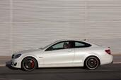 Mercedes C63 AMG Coupe  photo 18 http://www.voiturepourlui.com/images/Mercedes/C63-AMG-Coupe/Exterieur/Mercedes_C63_AMG_Coupe_018.jpg