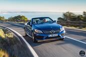Mercedes Classe C Cabriolet 2017  photo 10 http://www.voiturepourlui.com/images/Mercedes/Classe-C-Cabriolet-2017/Exterieur/Mercedes_Classe_C_Cabriolet_2017_011_bleu_avant_face_decapotable.jpg