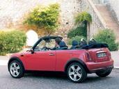 Mini Cabriolet  photo 1 http://www.voiturepourlui.com/images/Mini/Cabriolet/Exterieur/Mini_Cabriolet_001.jpg