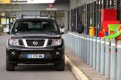 Nissan NAVARA Pick Up Business Edition  photo 5 http://www.voiturepourlui.com/images/Nissan/NAVARA-Pick-Up-Business-Edition/Exterieur/Nissan_NAVARA_Pick_Up_Business_Edition_005.jpg