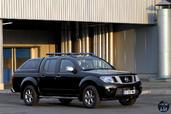 Nissan Navara 2015  photo 17 http://www.voiturepourlui.com/images/Nissan/Navara-2015/Exterieur/Nissan_Navara_2015_018_noir.jpg