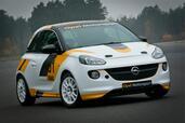 Opel ADAM Cup  photo 6 http://www.voiturepourlui.com/images/Opel/ADAM-Cup/Exterieur/Opel_ADAM_Cup_006.jpg