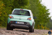 Opel Adam Rocks  photo 16 http://www.voiturepourlui.com/images/Opel/Adam-Rocks/Exterieur/Opel_Adam_Rocks_017_mint.jpg