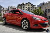 Opel Astra GTC 2014  photo 2 http://www.voiturepourlui.com/images/Opel/Astra-GTC-2014/Exterieur/Opel_Astra_GTC_2014_002.jpg