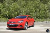 Opel Astra GTC 2014  photo 13 http://www.voiturepourlui.com/images/Opel/Astra-GTC-2014/Exterieur/Opel_Astra_GTC_2014_014.jpg