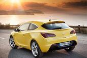 Opel Astra GTC  photo 9 http://www.voiturepourlui.com/images/Opel/Astra-GTC/Exterieur/Opel_Astra_GTC_009.jpg