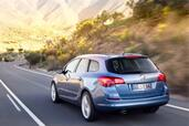 Opel Astra Sports Tourer  photo 5 http://www.voiturepourlui.com/images/Opel/Astra-Sports-Tourer/Exterieur/Opel_Astra_Sports_Tourer_005.jpg
