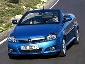 Opel Tigra  photo 11 http://www.voiturepourlui.com/images/Opel/Tigra/Exterieur/Opel_Tigra_016.jpg