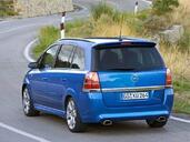 Opel Zafira  photo 19 http://www.voiturepourlui.com/images/Opel/Zafira/Exterieur/Opel_Zafira_040.jpg