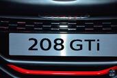 Peugeot 208 GTi 30th Mondial 2014  photo 6 http://www.voiturepourlui.com/images/Peugeot/208-GTi-30th-Mondial-2014/Exterieur/Peugeot_208_GTi_30th_Mondial_2014_006.jpg