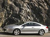 Peugeot 407 Coupe  photo 1 http://www.voiturepourlui.com/images/Peugeot/407-Coupe/Exterieur/Peugeot_407_Coupe_001.jpg