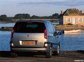 Peugeot 807  photo 13 http://www.voiturepourlui.com/images/Peugeot/807/Exterieur/
