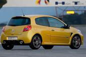 Renault Clio III RS 2009  photo 3 http://www.voiturepourlui.com/images/Renault/Clio-III-RS-2009/Exterieur/Renault_Clio_III_RS_2009_003.jpg