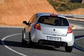 Renault Clio III RS 2009  photo 4 http://www.voiturepourlui.com/images/Renault/Clio-III-RS-2009/Exterieur/Renault_Clio_III_RS_2009_004.jpg