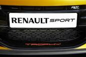 Renault Megane RS Trophy 2012  photo 14 http://www.voiturepourlui.com/images/Renault/Megane-RS-Trophy-2012/Exterieur/Renault_Megane_RS_Trophy_2012_014.jpg