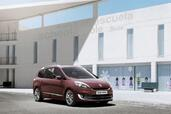 Renault Scenic Collection 2012  photo 4 http://www.voiturepourlui.com/images/Renault/Scenic-Collection-2012/Exterieur/Renault_Scenic_Collection_2012_004.jpg