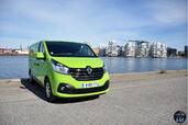 Renault Trafic Grand Confort 2014  photo 7 http://www.voiturepourlui.com/images/Renault/Trafic-Grand-Confort-2014/Exterieur/Renault_Trafic_Grand_Confort_2014_007_dCi.jpg