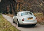 Rolls-Royce Phantom  photo 13 http://www.voiturepourlui.com/images/Rolls-Royce/Phantom/Exterieur/Rolls_Royce_Phantom_017.jpg
