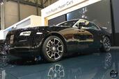 Rolls-Royce Wraith Black Badge Salon Geneve 2016  photo 5 http://www.voiturepourlui.com/images/Rolls-Royce/Wraith-Black-Badge-Salon-Geneve-2016/Exterieur/Rolls_Royce_Wraith_Black_Badge_Salon_Geneve_2016_005_noir.jpg