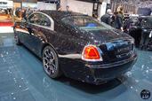 Rolls-Royce Wraith Black Badge Salon Geneve 2016  photo 7 http://www.voiturepourlui.com/images/Rolls-Royce/Wraith-Black-Badge-Salon-Geneve-2016/Exterieur/Rolls_Royce_Wraith_Black_Badge_Salon_Geneve_2016_007_arriere.jpg