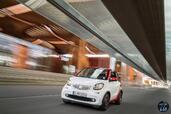 Smart ForTwo Cabrio 2016  photo 2 http://www.voiturepourlui.com/images/Smart/ForTwo-Cabrio-2016/Exterieur/Smart_ForTwo_Cabrio_2016_002.jpg