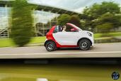 Smart ForTwo Cabrio 2016  photo 10 http://www.voiturepourlui.com/images/Smart/ForTwo-Cabrio-2016/Exterieur/Smart_ForTwo_Cabrio_2016_011_rouge_blanc_decapotable_cote_profil.jpg