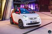 Smart ForTwo Cabrio 2016  photo 13 http://www.voiturepourlui.com/images/Smart/ForTwo-Cabrio-2016/Exterieur/Smart_ForTwo_Cabrio_2016_015_rouge_blanc_decapotable_cote_profil.jpg