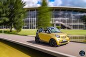 Smart ForTwo Cabrio 2016  photo 17 http://www.voiturepourlui.com/images/Smart/ForTwo-Cabrio-2016/Exterieur/Smart_ForTwo_Cabrio_2016_020_jaune_gris_decapotable.jpg