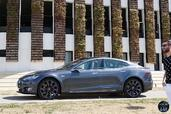 Tesla Model S P85D  photo 11 http://www.voiturepourlui.com/images/Tesla/Model-S-P85D/Exterieur/Tesla_Model_S_P85D_010_2016.jpg