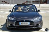 Tesla Model S P85D  photo 14 http://www.voiturepourlui.com/images/Tesla/Model-S-P85D/Exterieur/Tesla_Model_S_P85D_012_2016.jpg