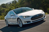 Tesla S  photo 5 http://www.voiturepourlui.com/images/Tesla/S/Exterieur/Tesla_S_005.jpg