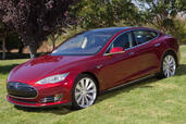 Tesla S  photo 6 http://www.voiturepourlui.com/images/Tesla/S/Exterieur/Tesla_S_006.jpg