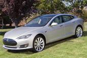 Tesla S  photo 7 http://www.voiturepourlui.com/images/Tesla/S/Exterieur/Tesla_S_007.jpg