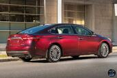 Toyota Avalon 2016  photo 8 http://www.voiturepourlui.com/images/Toyota/Avalon-2016/Exterieur/Toyota_Avalon_2016_008_arriere_rouge_bordeaux.jpg
