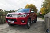 Toyota Hilux 2016  photo 4 http://www.voiturepourlui.com/images/Toyota/Hilux-2016/Exterieur/Toyota_Hilux_2016_004_calandre.jpg
