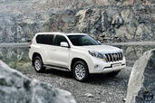 Toyota Land Cruiser 2014  photo 3 http://www.voiturepourlui.com/images/Toyota/Land-Cruiser-2014/Exterieur/Toyota_Land_Cruiser_2014_003.jpg