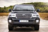 Toyota Land Cruiser SW V8  photo 5 http://www.voiturepourlui.com/images/Toyota/Land-Cruiser-SW-V8/Exterieur/Toyota_Land_Cruiser_SW_V8_005.jpg