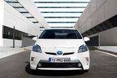Toyota Prius Hybride 2014  photo 2 http://www.voiturepourlui.com/images/Toyota/Prius-Hybride-2014/Exterieur/Toyota_Prius_Hybride_2014_002.jpg