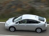 Toyota Prius  photo 6 http://www.voiturepourlui.com/images/Toyota/Prius/Exterieur/Toyota_Prius_006.jpg