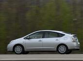 Toyota Prius  photo 13 http://www.voiturepourlui.com/images/Toyota/Prius/Exterieur/Toyota_Prius_013.jpg