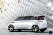Volkswagen Budd e Concept 2016  photo 5 http://www.voiturepourlui.com/images/Volkswagen/Budd-e-Concept-2016/Exterieur/Volkswagen_Budd_e_Concept_2016_005_blanc_dore_arriere.jpg