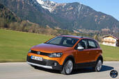 Volkswagen Cross Polo 2014  photo 3 http://www.voiturepourlui.com/images/Volkswagen/Cross-Polo-2014/Exterieur/Volkswagen_Cross_Polo_2014_003.jpg